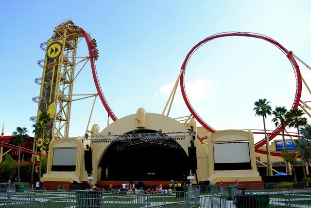 Montaña-rusa Rock It en Universal Studios en Orlando