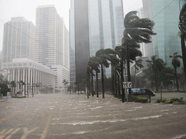 Épocas de huracán en Miami en Flórida