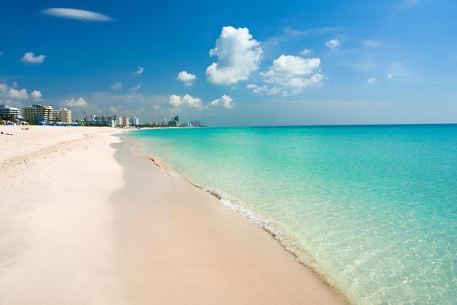 Playa de Haulover Beach en Miami