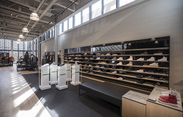 Productos en tienda de Nike en Miami