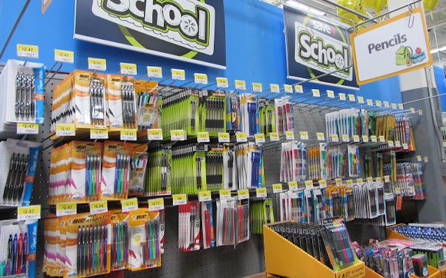 Artículos escolares en tienda